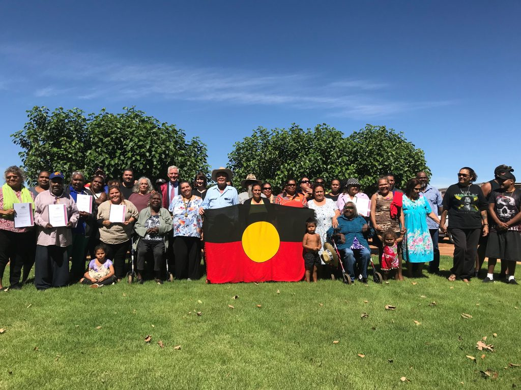 Justice Bernard Murphy with the Thiin-Mah Warriyangka Tharrkarri Jiwarli people
